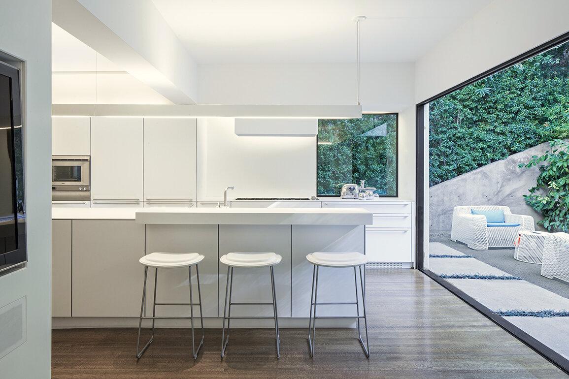 06 dundee kitchen bar.jpg