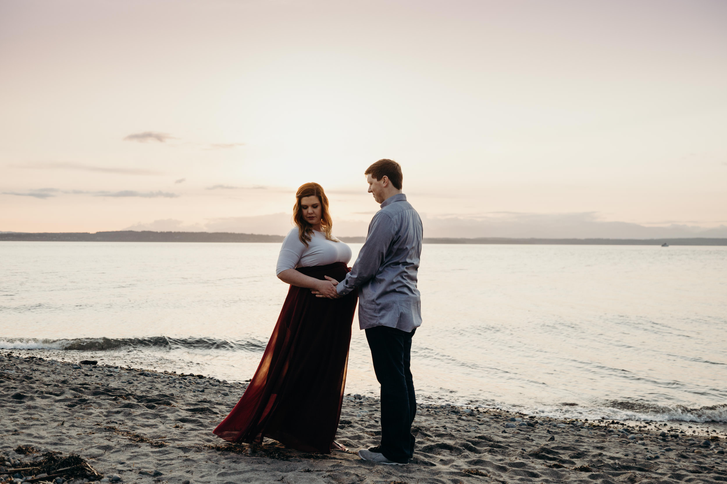 outdoor maternity photography outdoor pregnancy photo shoot seattle washington.jpg