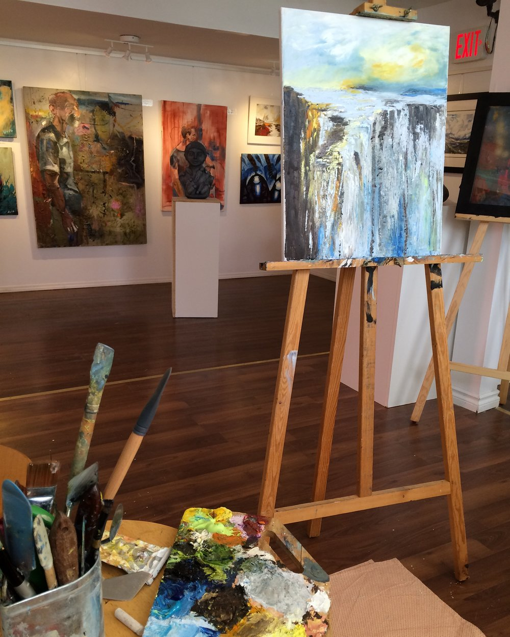 Live Art Demonstrations - Everyday from Tuesday to Sunday, a resident artist demonstrates an art piece they are completing.