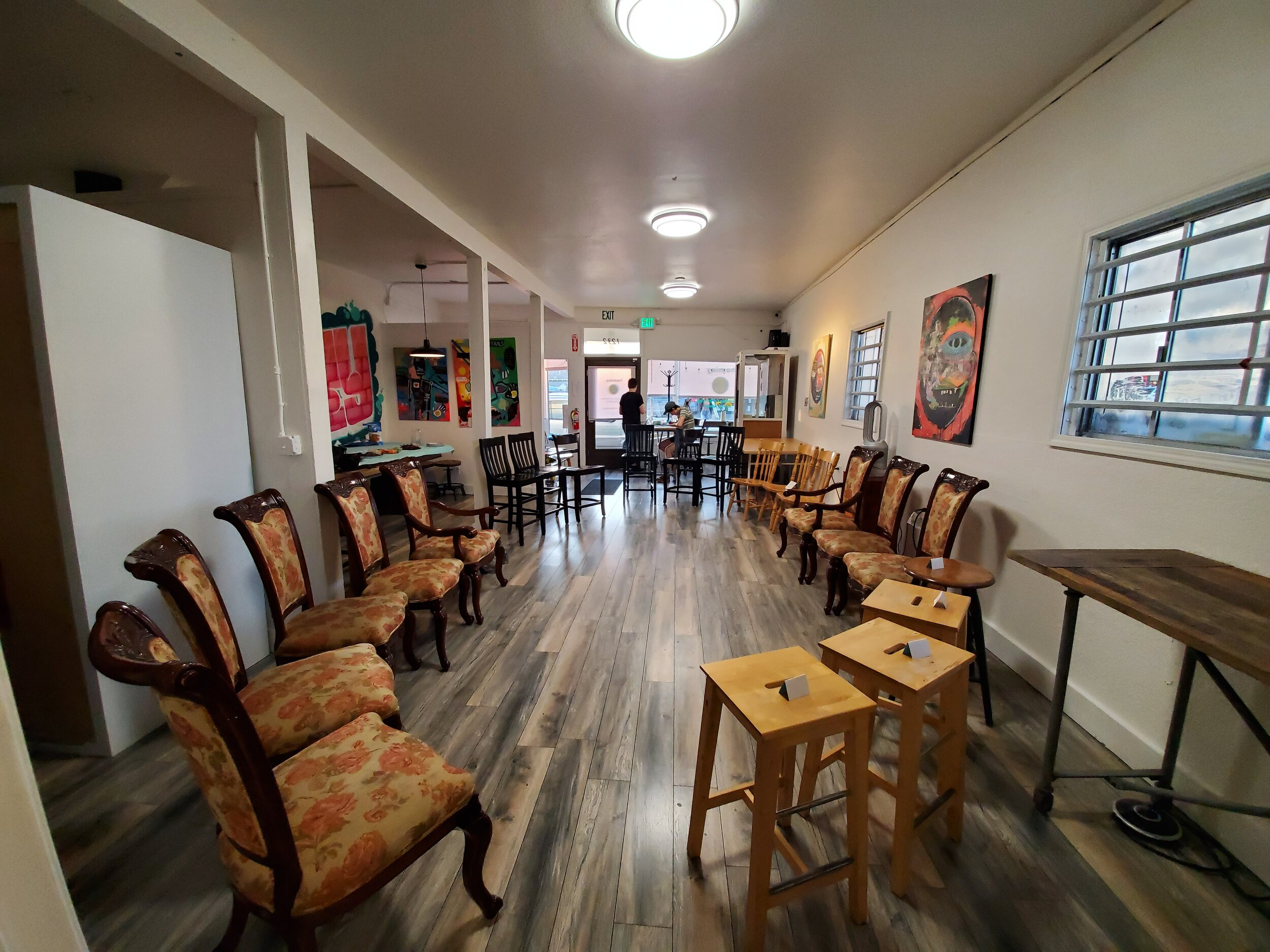 Circle of chairs for casual group discussions and activities.  homiey Fruitvale (Oakland) Event Space