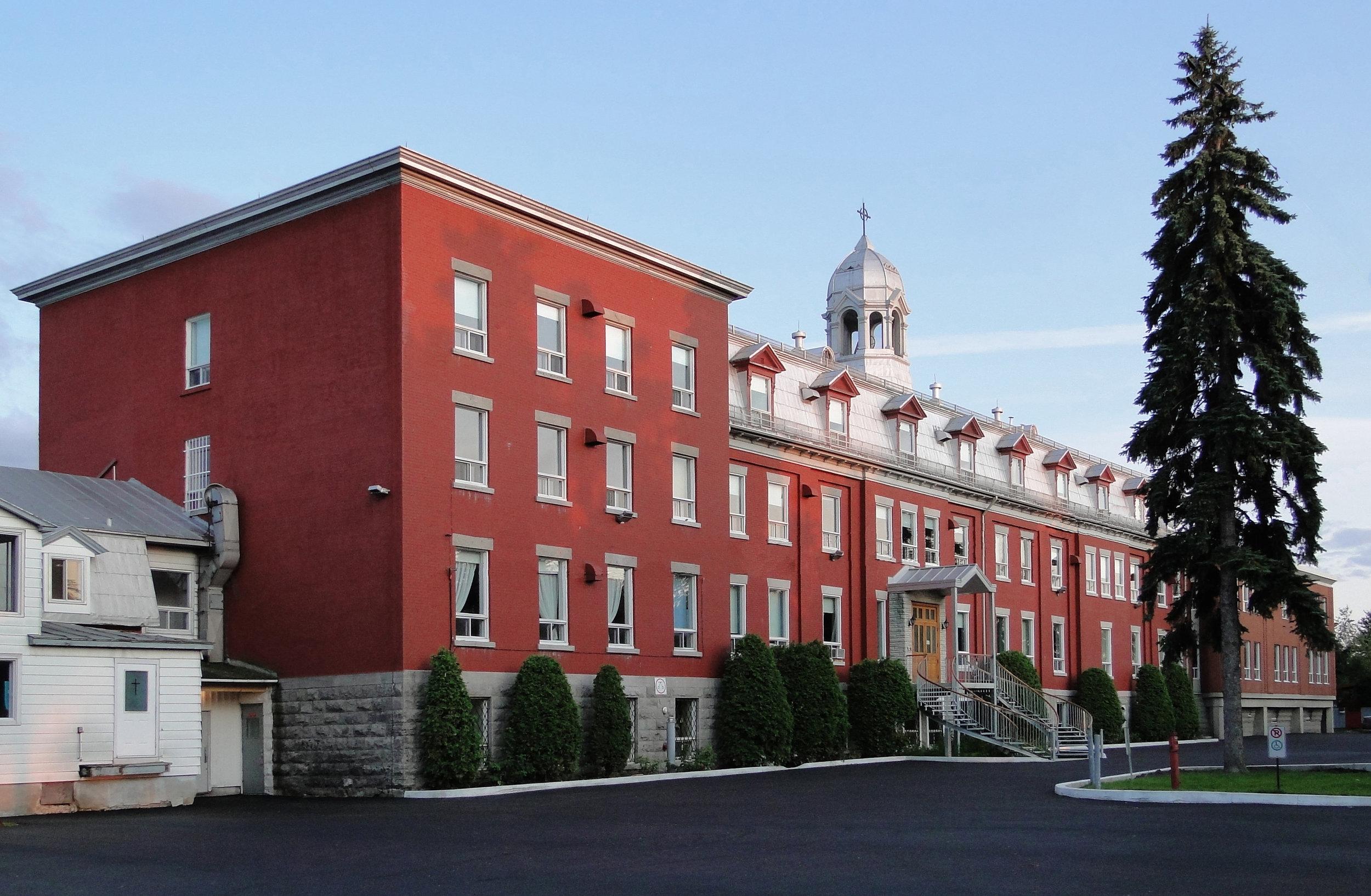 Collège St-Paul - Type Éducation- InstitutionnelMandat Mise aux normes et restaurationLocalisation VarennesDate 2015-2019
