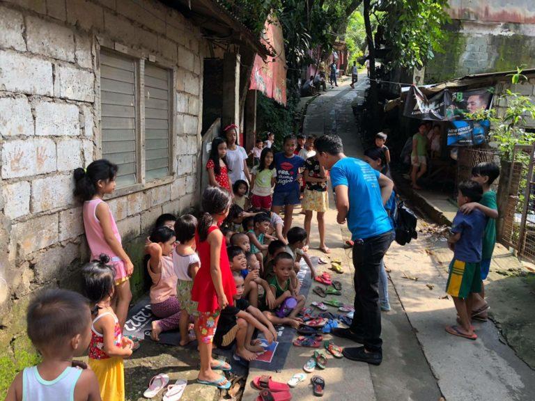 Philippines-street-768x576.jpg