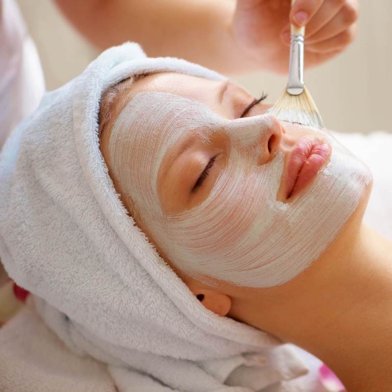 ENZYME FACE PEEL - ($89 value)Vegetable peel that allows deepest exfoliation, leaving the skin purified and soft with no irritation