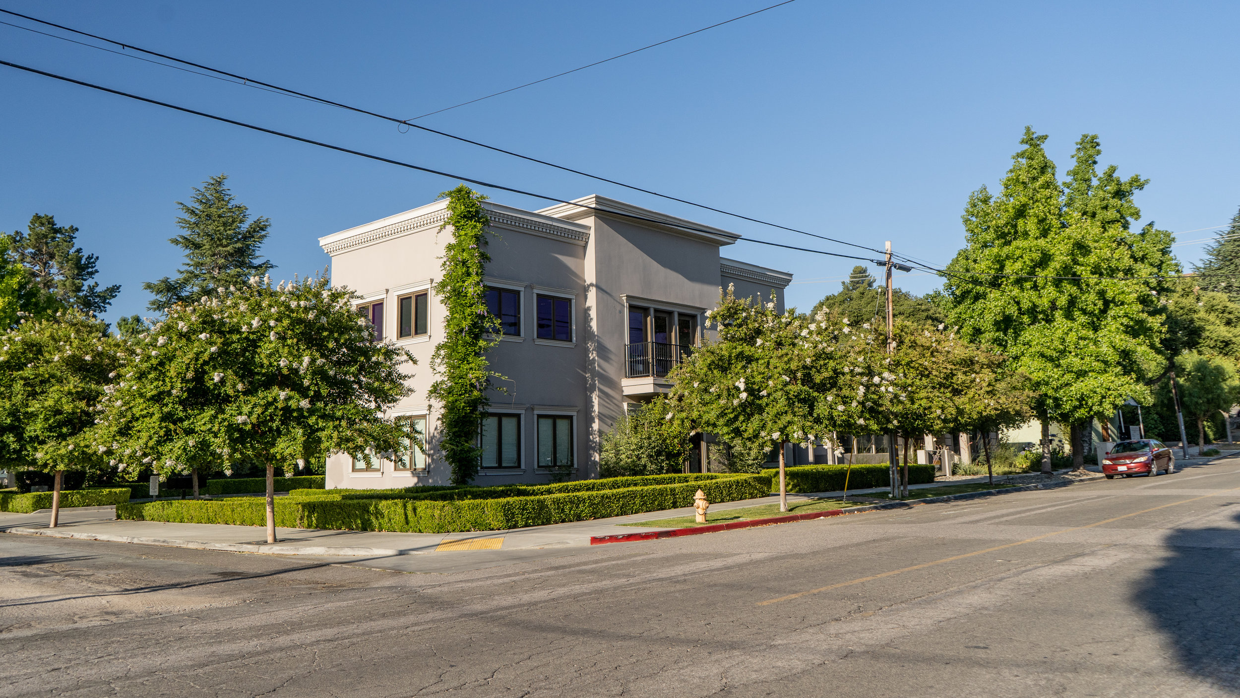 10th Street Office Building
