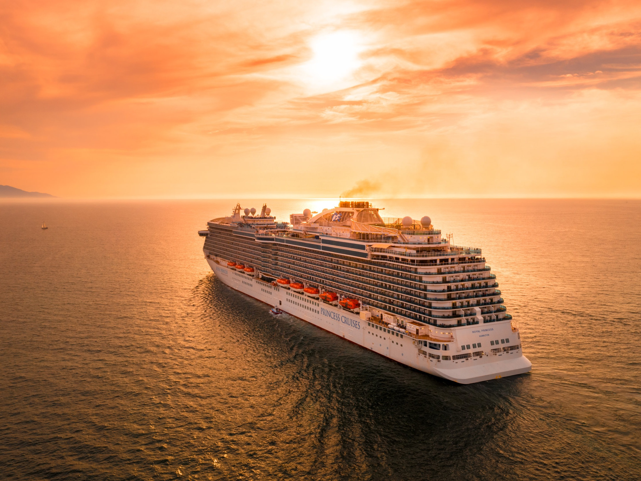 Cruises - The perfect cruise, at the best price. From selecting the perfect destination to packing all the right things, we've got you covered!