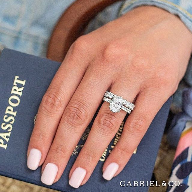Get set to jet set! It's vacation season and aside from passports and luggage, you definitely don't want to leave home without a little (okay a lot!) of bling!  #GabrielCoRetailer #GabrielNY #GabrielAndCo #EngagementRing #Ring #FineJewelry #WhiteGold #Diamonds  #BrideToBe #WeddingInspiration #RingGoals #OvalEngagementRing #UniqueEngagementRing #BlingRing #RingBling #DiamondLover #JewelryLover #JewelleryLovers #UniqueRing #Proposal