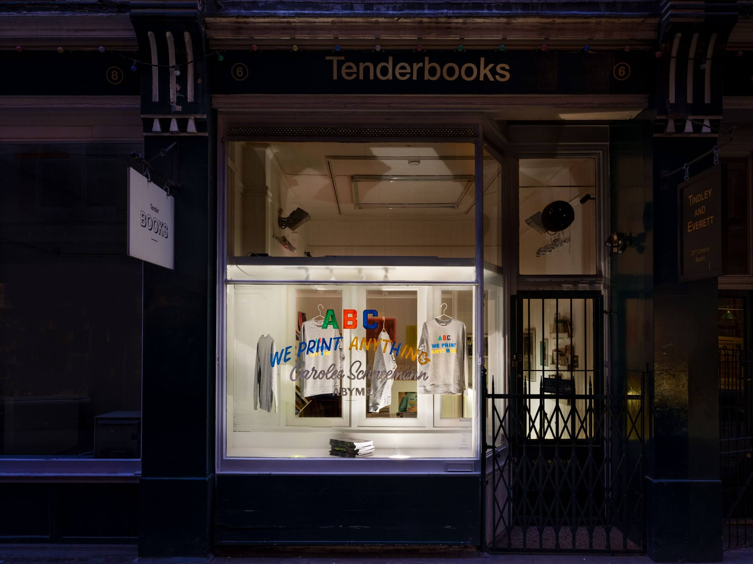 Tenderbooks - Opening Hours:Tuesday to Saturday 11am-7pm& by appointmentCall: 020 7379 9464Email: mail@tenderbooks.co.uk