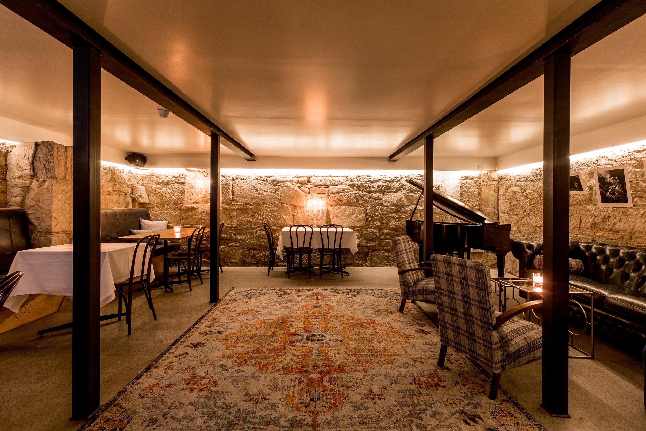 Etties_Pianoroom-23.jpg