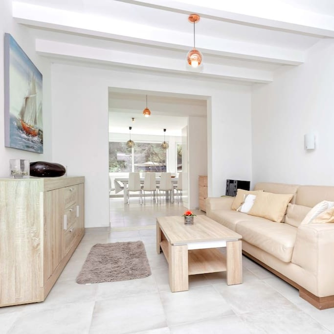 About Villa Oceanus Hvar -