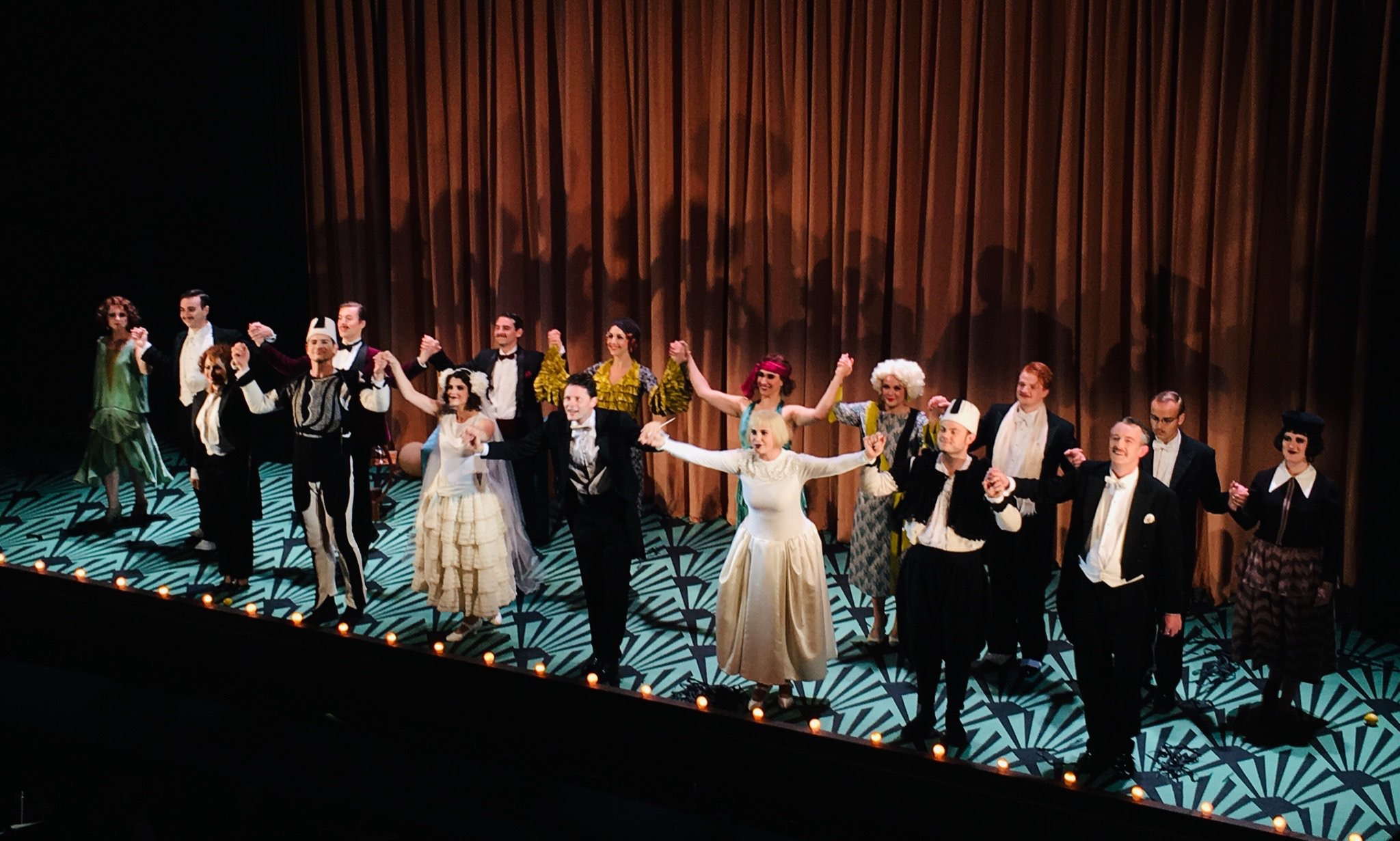 The first night curtain call of Così fan tutte at Nevill Holt Opera June 2019