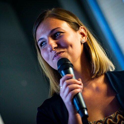 Irina Nica - Community & Influencer Relations Manager, Hubspot