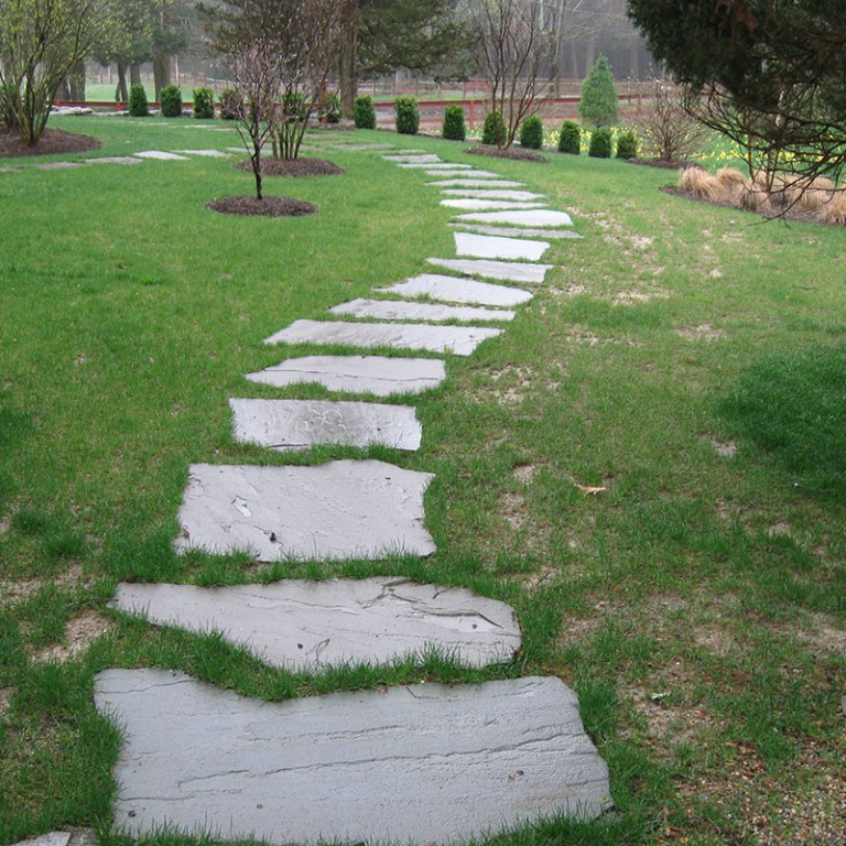 Natural Bluestone stepping stones