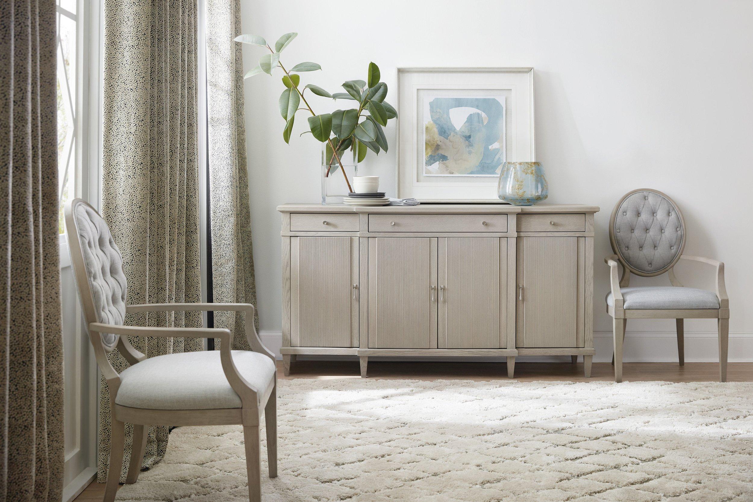 Hooker_Furniture_Buffet_2.jpg