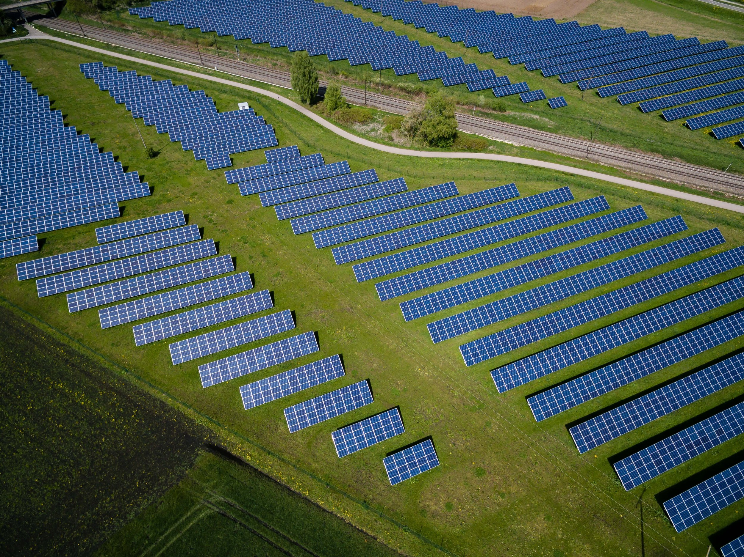 - Obnovitelné zdroje