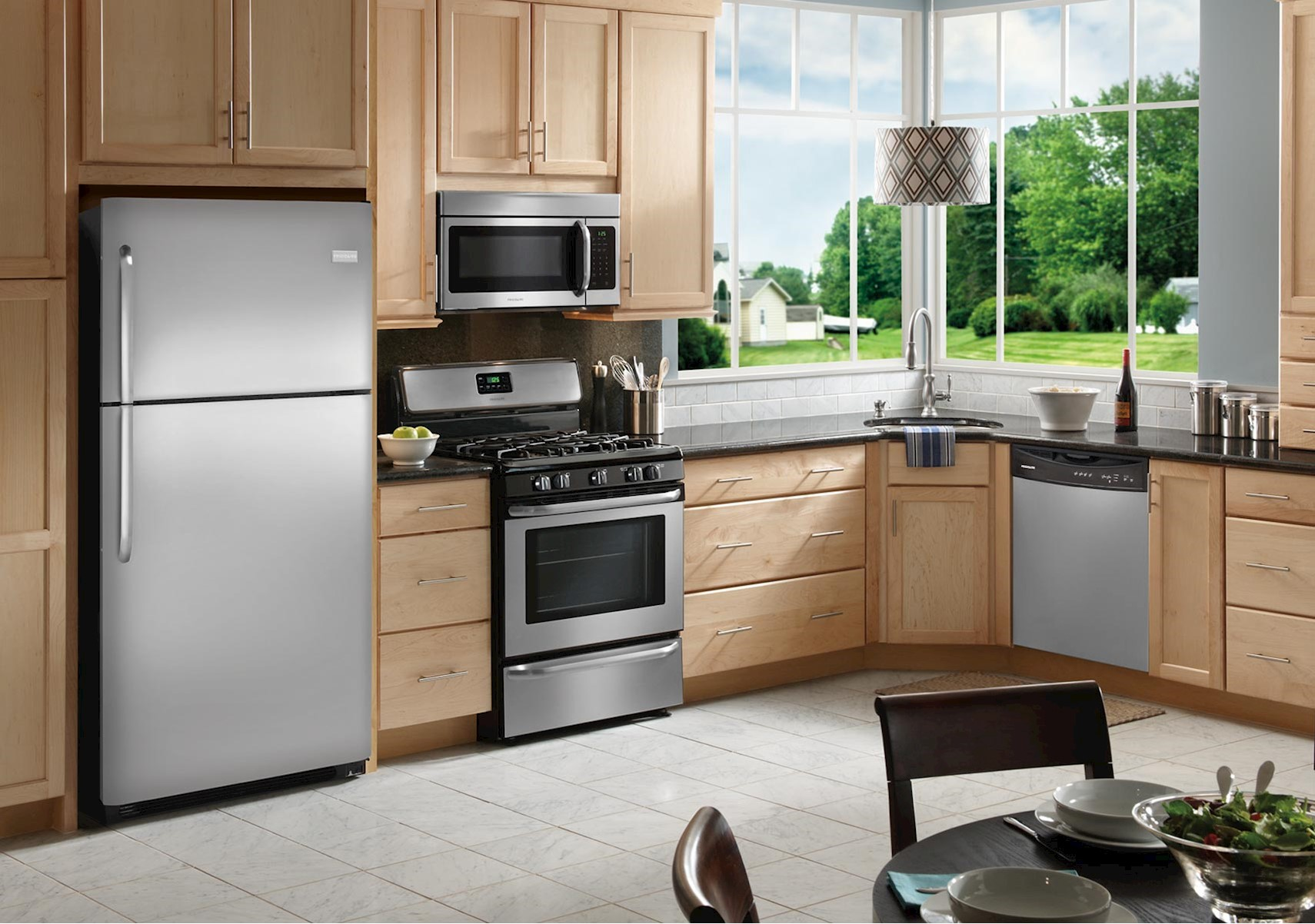 Frigidaire - Give your kitchen a professional polish with our stainless steel finish that resists fingerprints and is easy to clean.