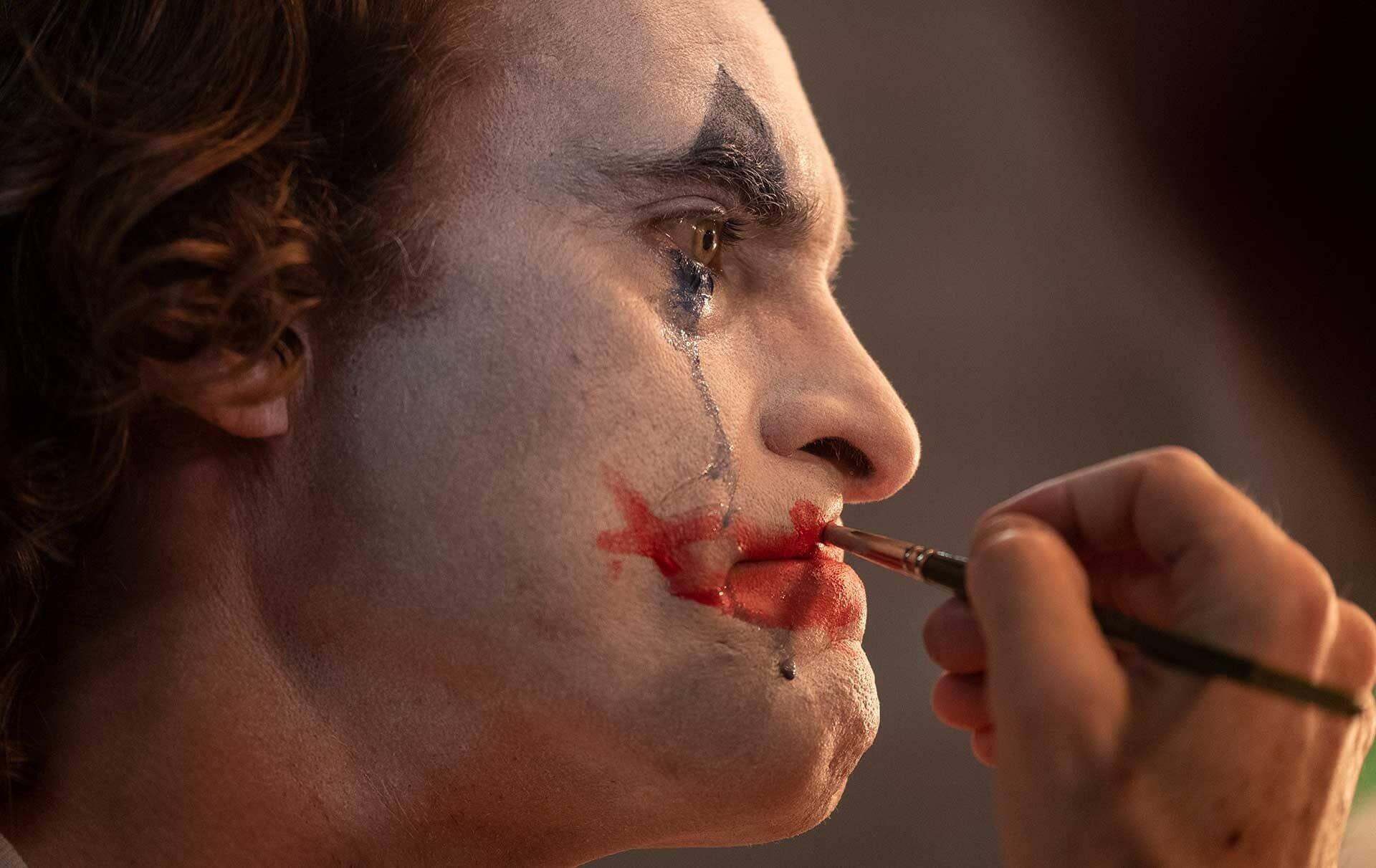 Joaquin Phoenix as Joker | image by  Niko Tavernise , c/o Warner Bros. Entertainment