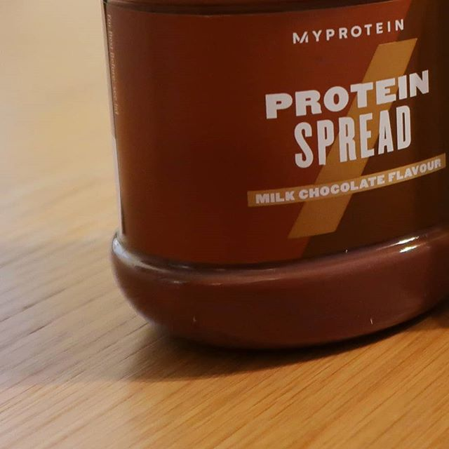 MyProtein *New* Protein Chocolate Spread Review --- DELICIOUS 🍫😋😍 ⠀ TL;DR This is Nutella with 87% less sugar, and more protein! ⠀ If you have a sweet tooth but don't want to polish off a jar of Nutella with ALL of its 2,156 calories, then there is a great high protein alternative! ⠀ The gourmet wizards at Myprotein have come up with a high protein spread that comes in 3 delicious flavors and 87% less sugar than Nutella. ⠀ ➖➖➖ The three high protein spreads that are currently available are: ➖➖➖ ⠀ ⭐White Chocolate Flavour ⠀ ⭐Milk Chocolate Flavour ⠀ ⭐Chocolate Hazelnut Flavour ⠀ The versatility of these spreads is fantastic. I've considered it to be useful for both gaining muscle mass and trying to cut body fat too. ⠀ You can add a spoonful of the spread to a bowl of oats and it can transform the flavor. Granted it'll add a few extra calories but you can choose how much to add depending on your goals (or hunger pains!). ⠀ Or if you're tight on calories, a small teaspoon goes very well with a cracker or Ryvita ⠀ ➖➖➖ 🏋️‍♂️⏩🥗Follow @FitnesstoDiet_Official👈 ⠀For all things fitness, nutrition, training, and product reviews. ➖➖➖ ⠀ ⠀ ⠀ Full article here: https://www.fitnesstodiet.com/blog/myprotein-protein-chocolate-spread-review . . . . . . . #FitnessToDiet #Fitness #Instafit #Getfit #Fitspiration #Fitnessaddict #bodybuilding #cleaneating #dietfood #fitfamuk #beastmode #fitfam #fitnessforlife #crossfittraining #training #strengthandconditioning #metcon #crossfit #gym #healthyfood #nutella #myprotein #bulkpowders #chocolate #chocoaltespread #whitechocolate #milkchocolate #nutellarunners #nutellalovers #proteinspread