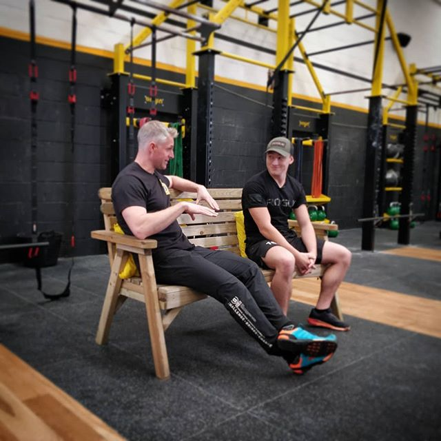 We had the absolute pleasure of attending a phenomenal seminar led by the great @dalejwalker of @bulletproofbodies1 covering the essentials of injury prevention and maintenance tailored around CrossFit, but also regular athletes.👩🏼‍⚕️💪 ⠀ Brilliant interview with the future star @reece_mitchell15 (who came 4th in the 2019 Fittest Teen On Earth) Watch this space! 🏋🏼‍♂️ ⠀ We learned in-depth about #bulletproofshoulders and #bulletproofback. Hugely insightful and gives us plenty to go back to the drawing board with to work on. ⠀ Special shouts out to @pulseroll for demonstrating the elite equipment they have in store. And #FKPro for the suspension equipment - both are game-changers!  Cannot wait for the next session! ➖➖➖ 🏋️‍♂️⏩🥗Follow @FitnesstoDiet_Official👈 ⠀For all things fitness, nutrition, training, and product reviews. ➖➖➖ ⠀ ⠀ . . . . . #FitnessToDiet #Fitness #Instafit #Getfit #Fitspiration #Fitnessaddict #bodybuilding #cleaneating #dietfood #fitfamuk #beastmode #fitfam #fitnessforlife #motivation #training #workoutday #crossfit #pulseroll #fkpro #injuryprevention #dontgetcrossgetfit #injuryistheenemy #backinjury #shoulderinjury #rehabilitation #crossfitphysio #physiosincrossfit