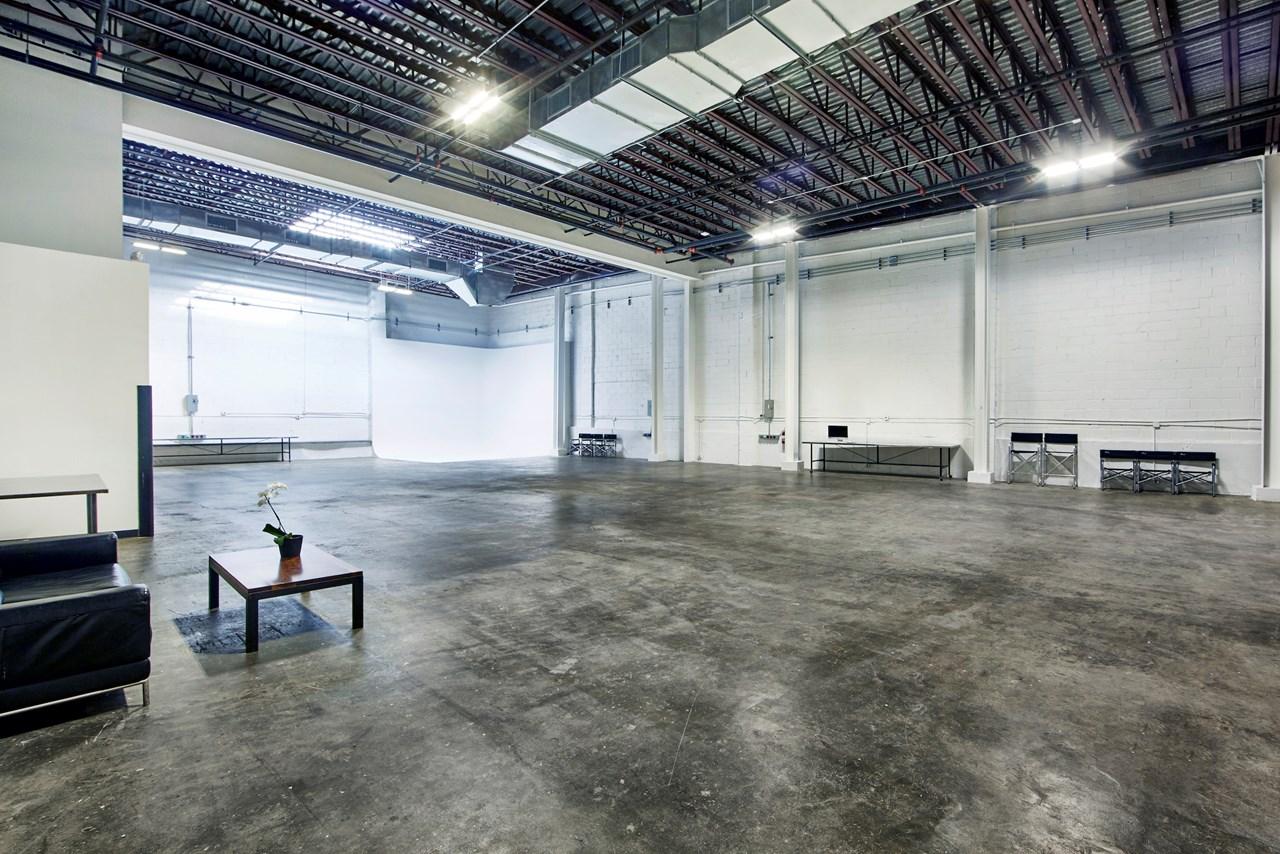 IndustriaNYC_Studio_OneAndTwoRental_Williamsburg_img3.jpg