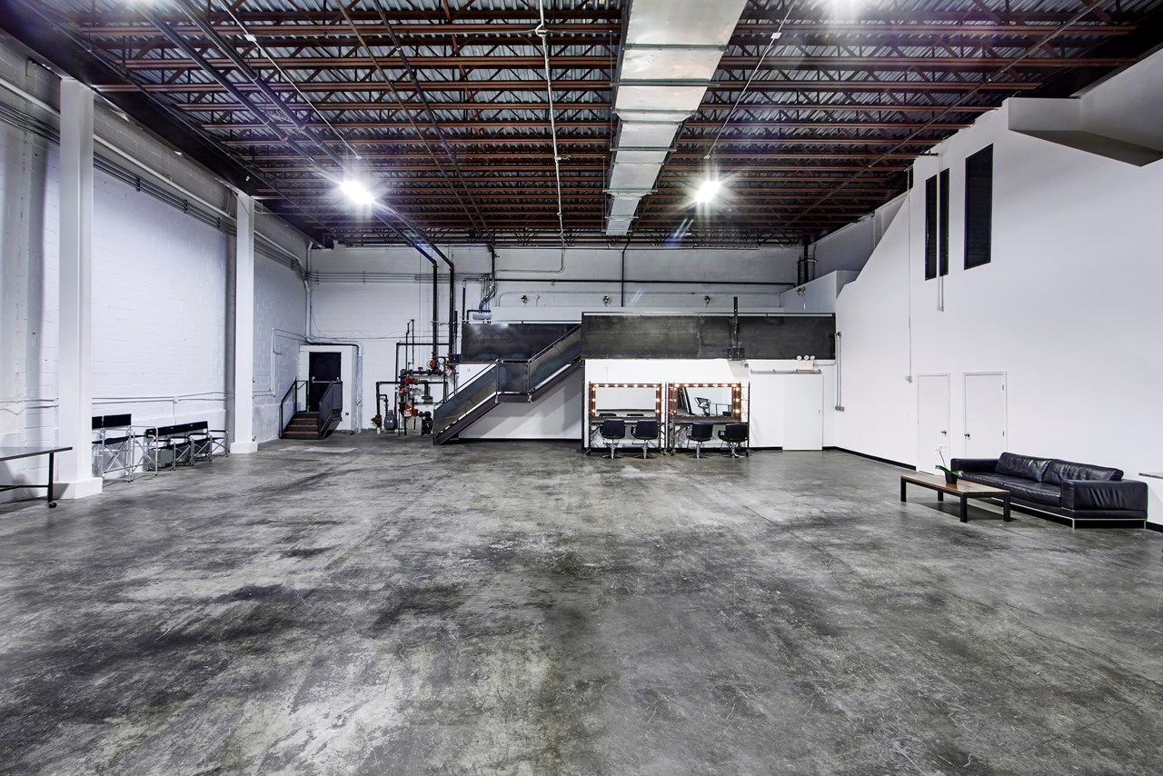 IndustriaNYC_Studio_OneAndTwoRental_Williamsburg_img4.jpg