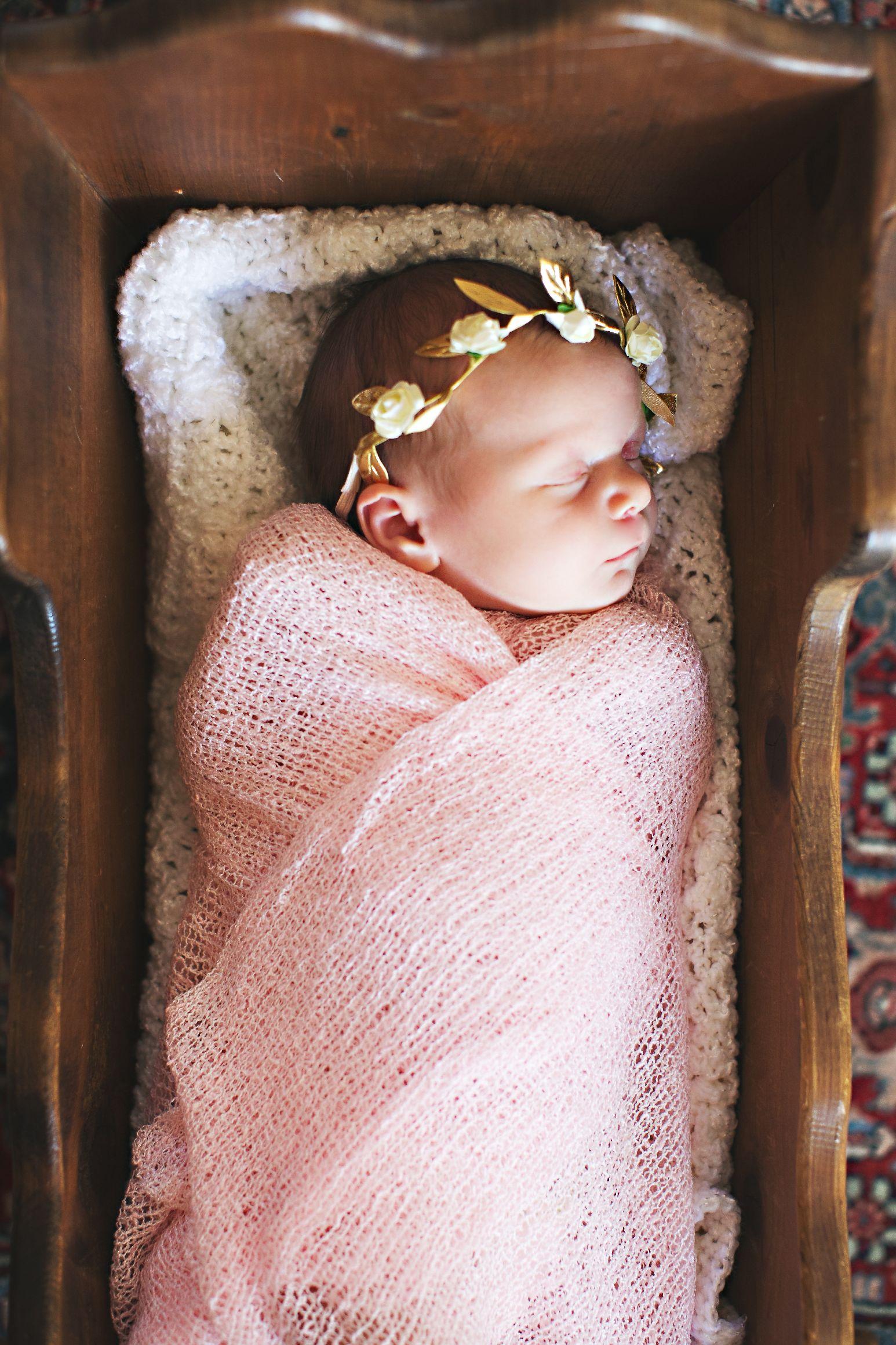 eephotome.hazel.newborn-69.jpg