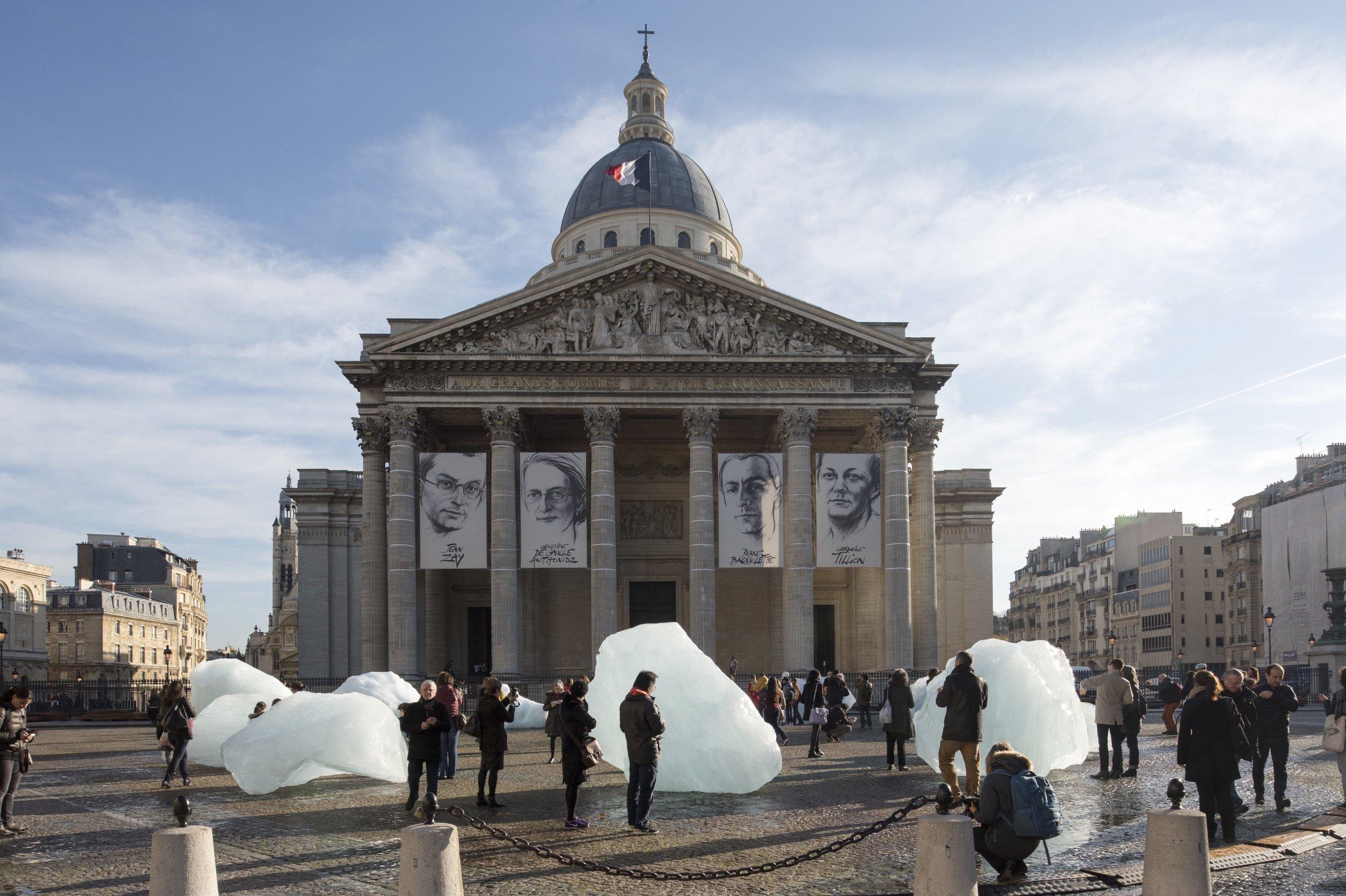 Even Magazine - Paris When It Sizzles