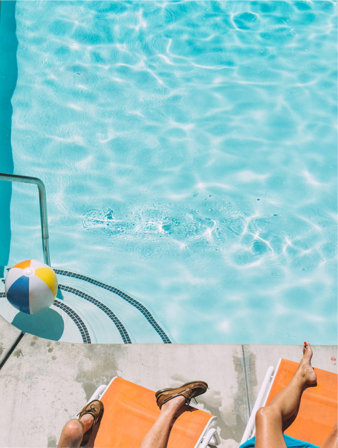 Outlook Good. - At Glendale Express, we have a bar and a pool and a bed that basically makes itself. We've got all your essentials covered, so being here really means you're not there.