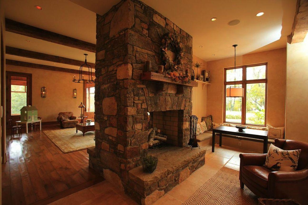 fireplacehome.jpg