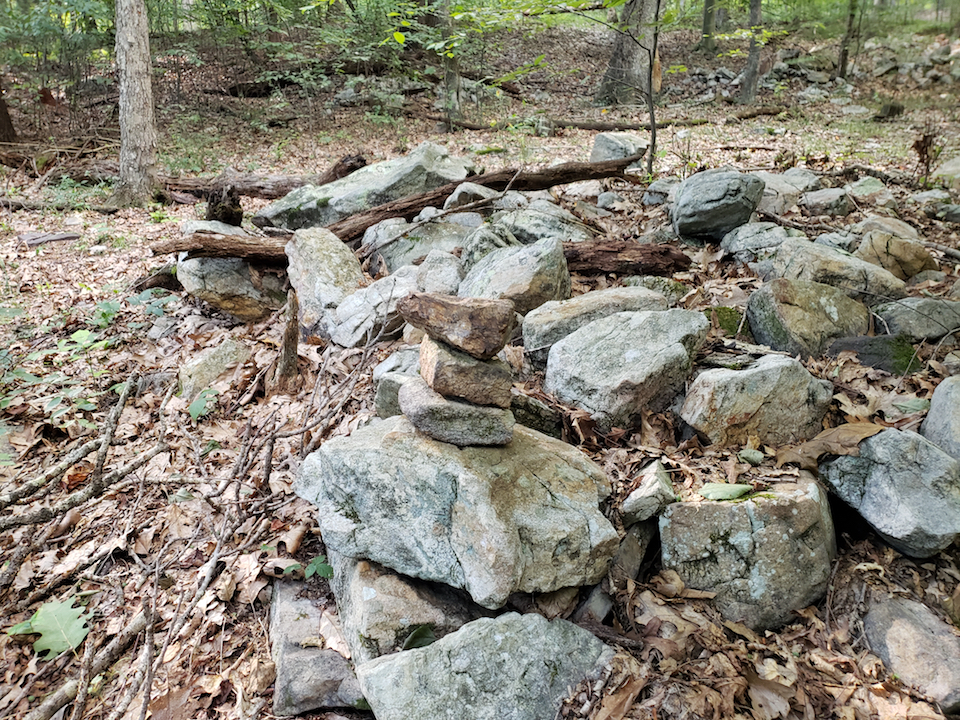 The disappearing cairn