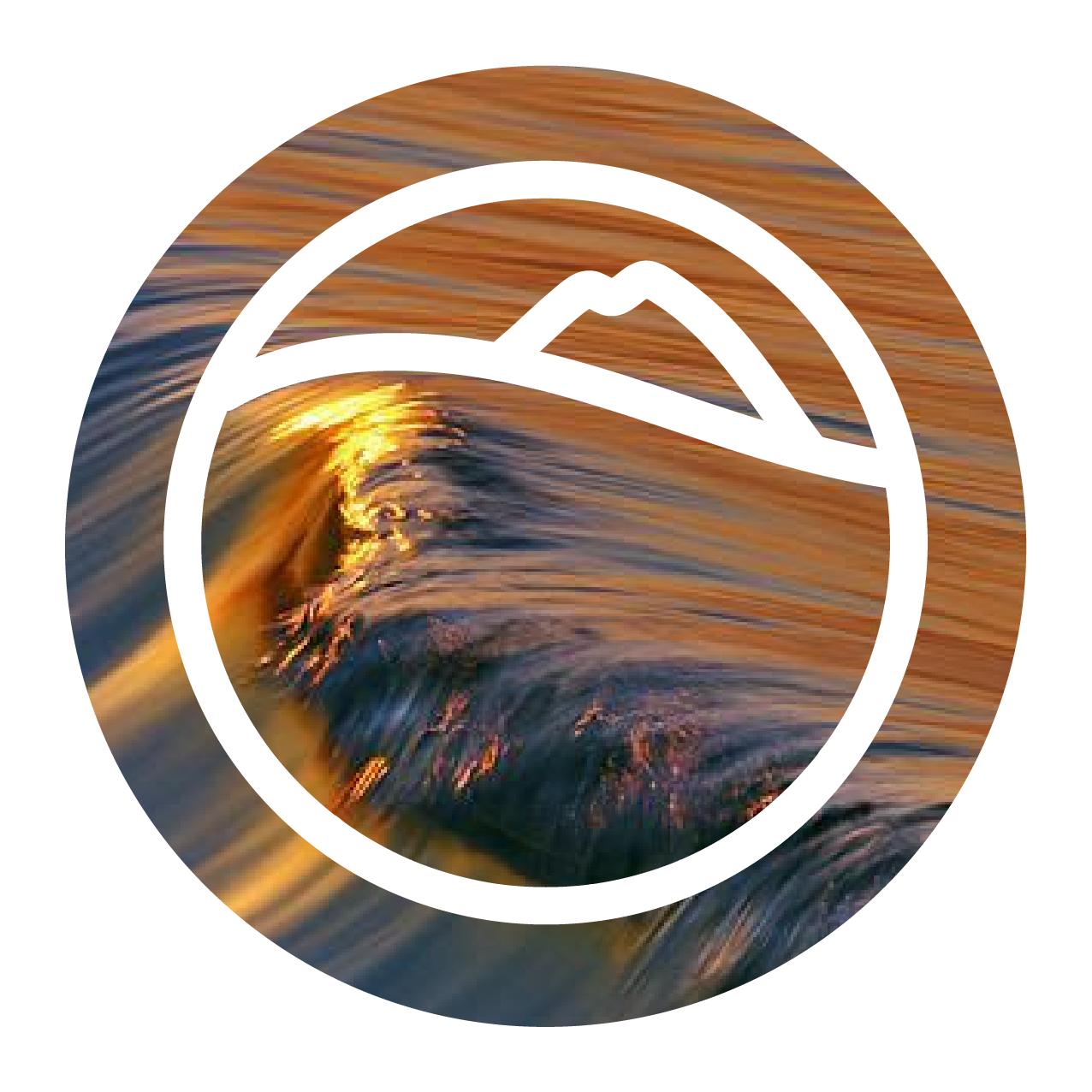 Glassy Logo insta w-11.jpg