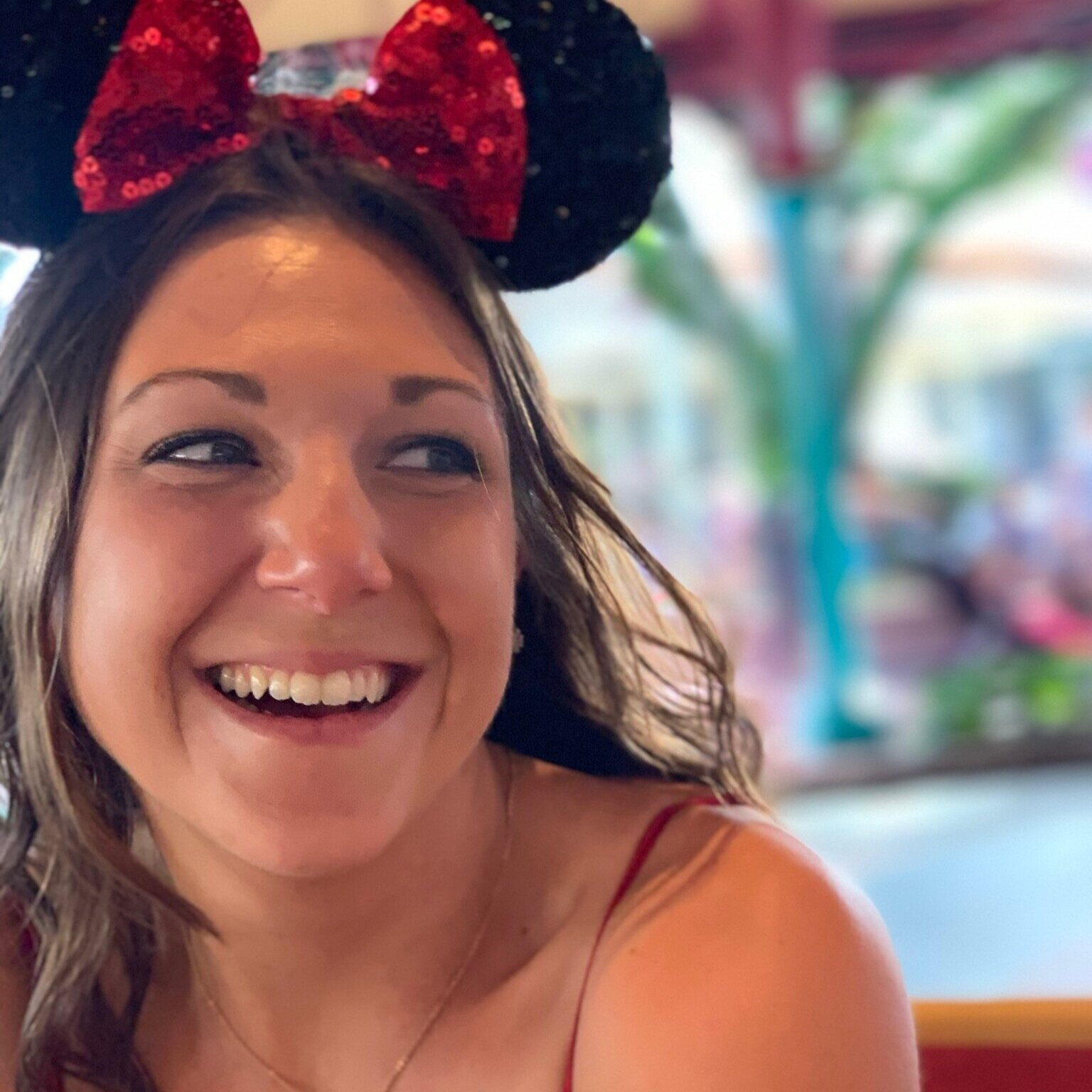 Lauren on The Mad Tea Party - Tips for Taking the Best Photos at Walt Disney World