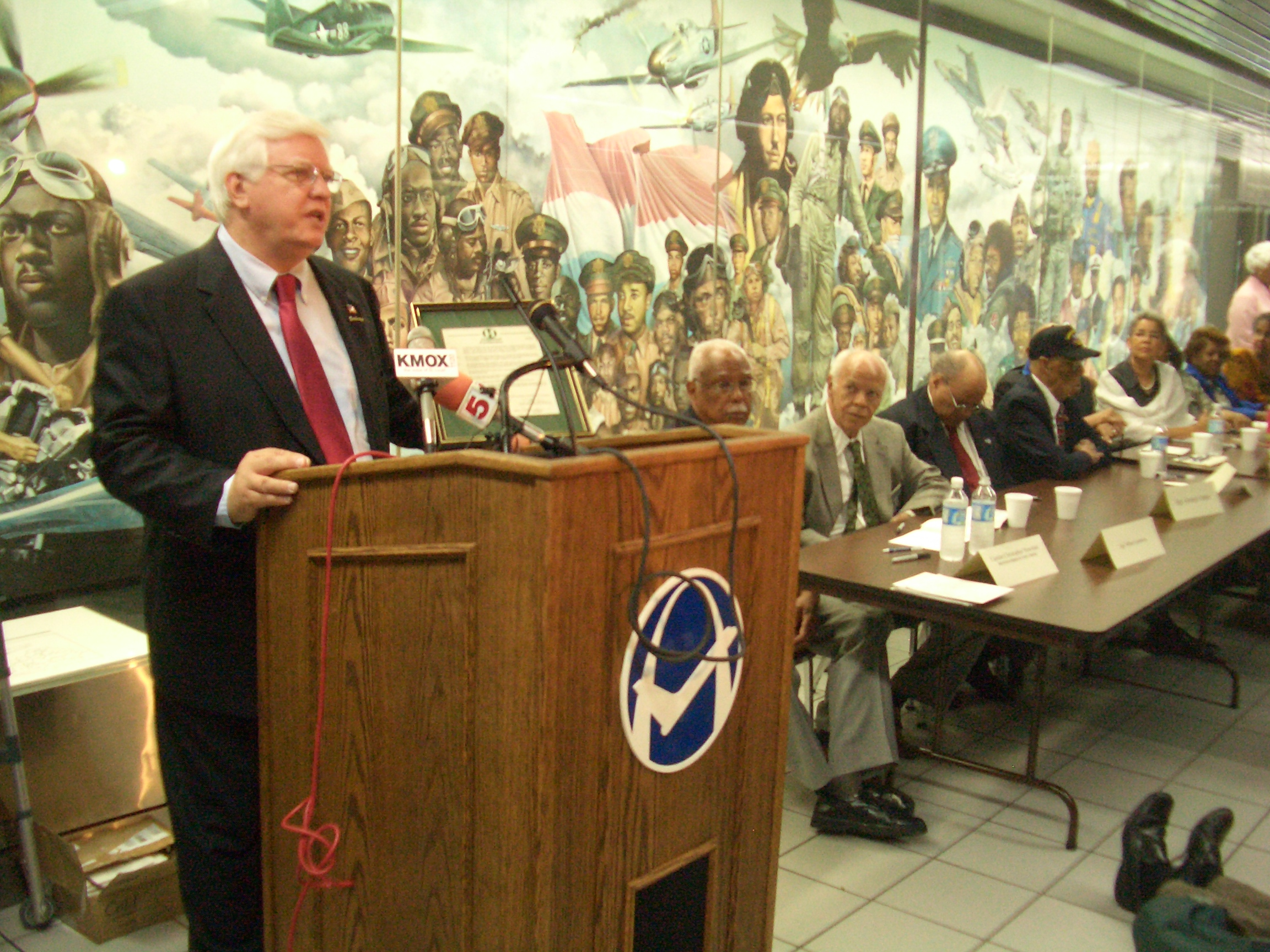 TR speaks at the dedication of the Tuskegee Airmen Mural at St. Louis International Airport