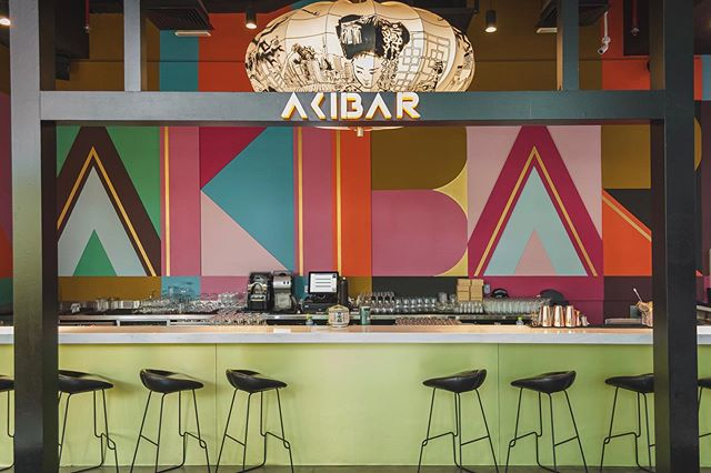 Loving the neon lights, arcade games and retro vibes. @akibadori is a place to be for anyone living in Dubai or just visiting. / / Follow us on @zomatouae and @tripadvisor for full review.  Also, if you haven't till now, do visit our brand new website and tell us what you think. (Link in the bio)