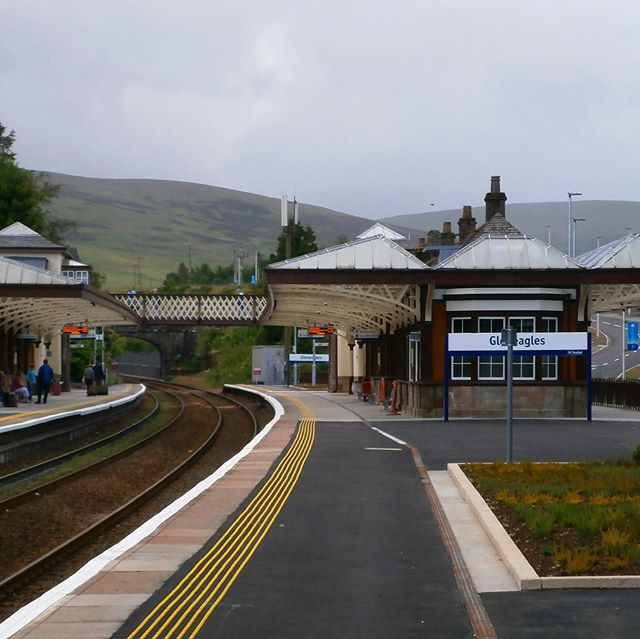 Our project highlight today is Gleneagles Station! 🚉 Bonus: swipe ↔️ to see a photo of the station in 1958! 🚂⁣ ⁣ In 2014, the Gleneagles Hotel in the beautiful Perth countryside played host to the Ryder Cup. ⛳️This exciting event was accompanied by a full refurbishment and upgrade to Gleneagles Station.⁣ ⁣ SVM provided design advice for the lighting and DDA elements of the project. This included using energy efficient LEDs and paying particular attention and care to the listed status of the building. ⁣ ⁣ At a time when all sporting eyes were on Scotland, we are delighted to have kept an eye on the ball and delivered excellent results for the visitors to that event and beyond! 🏌️‍♂️🚂⁣ ⁣ #svmglasgow #engineering #scottishengineering #gleneagles #railroad #rydercup #lightingdesign #electricalengineering