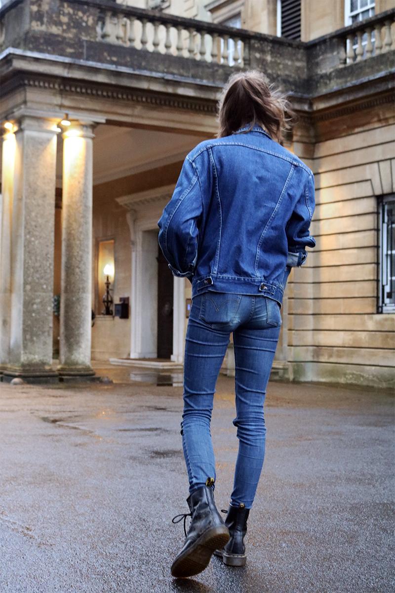 girl wearing double denim, levis jeans, wrangler jacket, dr marten boots,