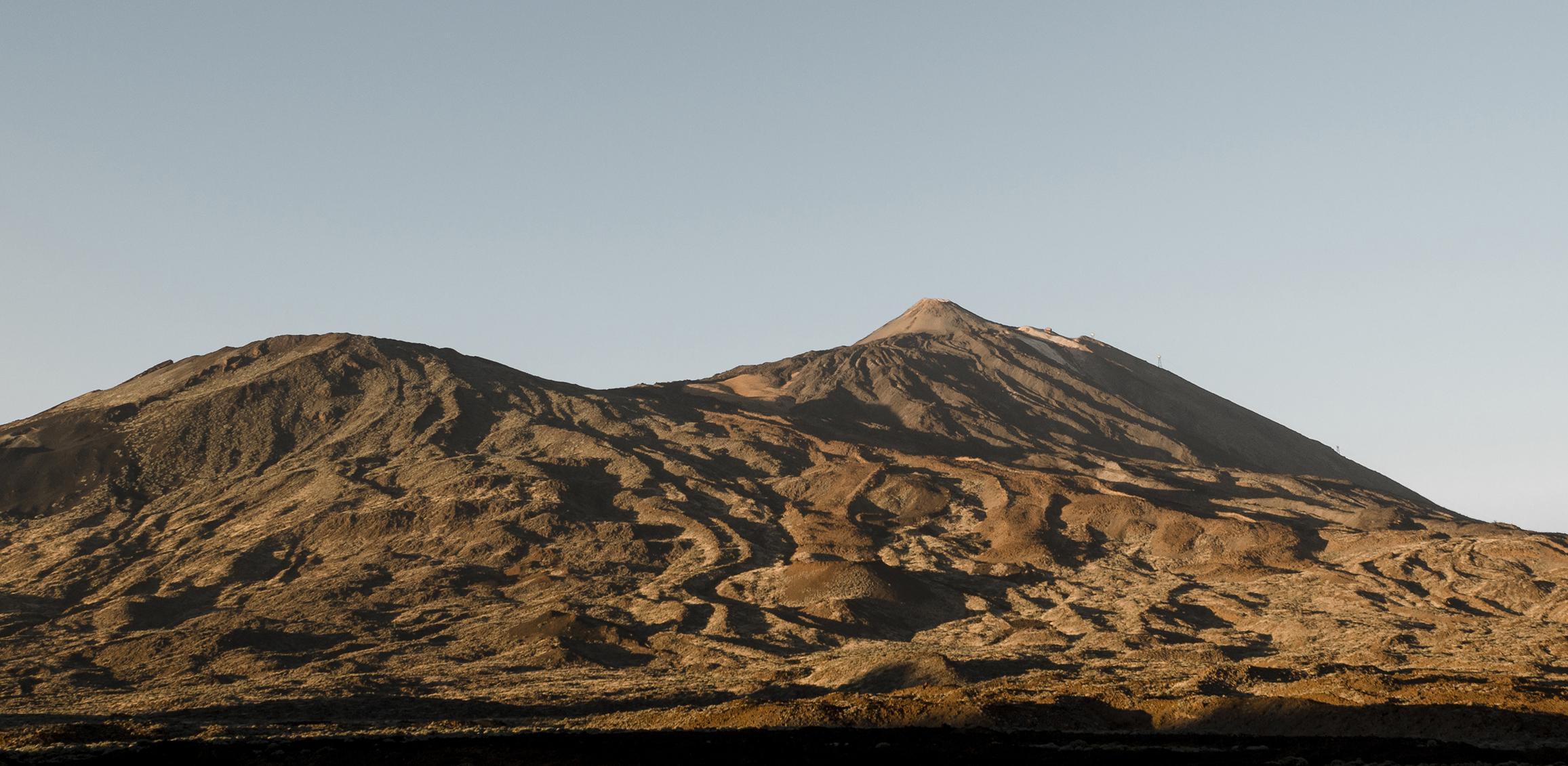 Pico Viejo y Teide_Tenerife.jpg