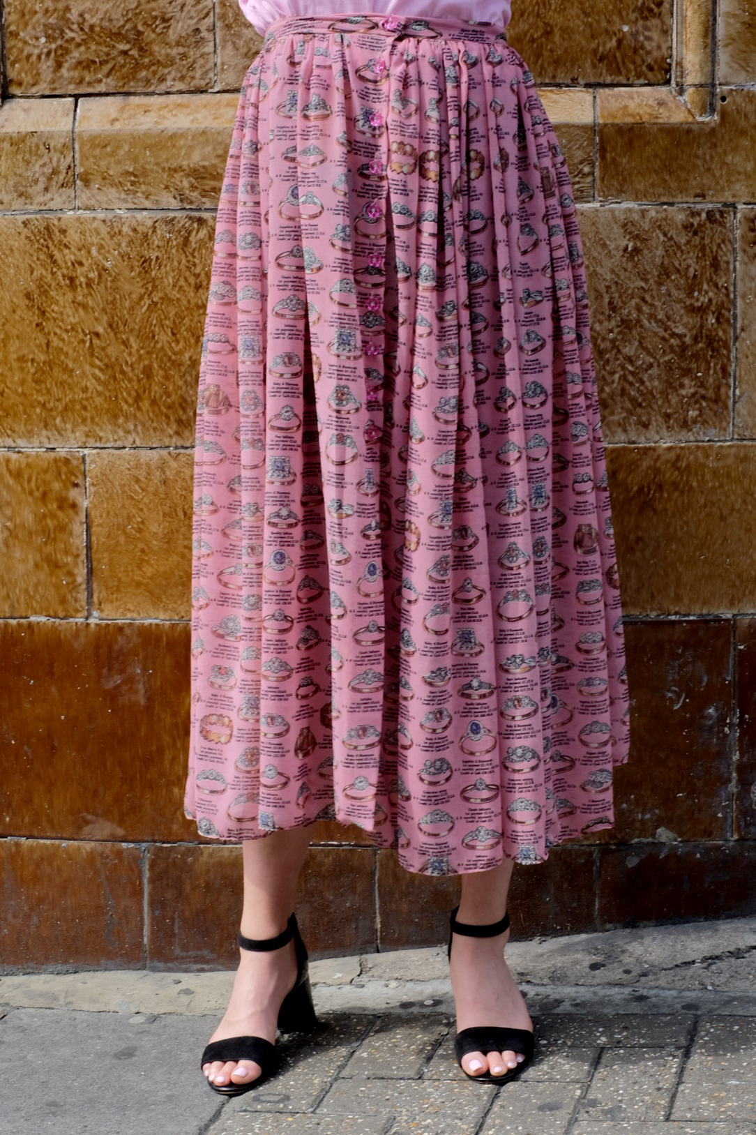 Say YES! - …to our georgette ring print skirt