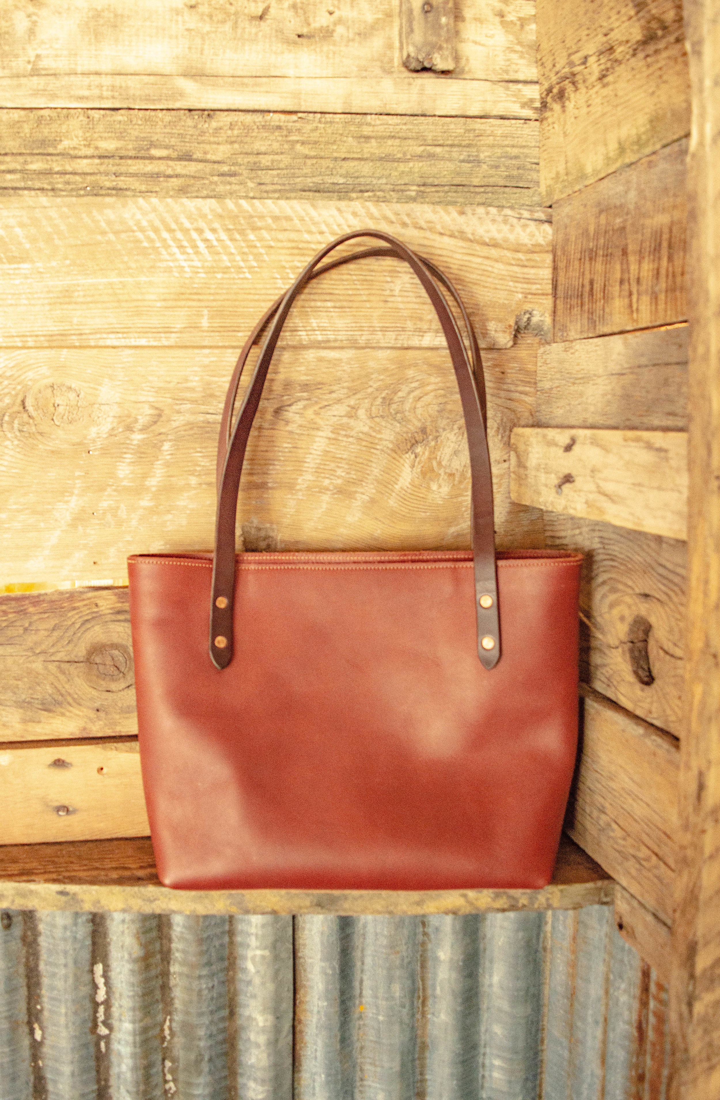 Simple Leather Tote -