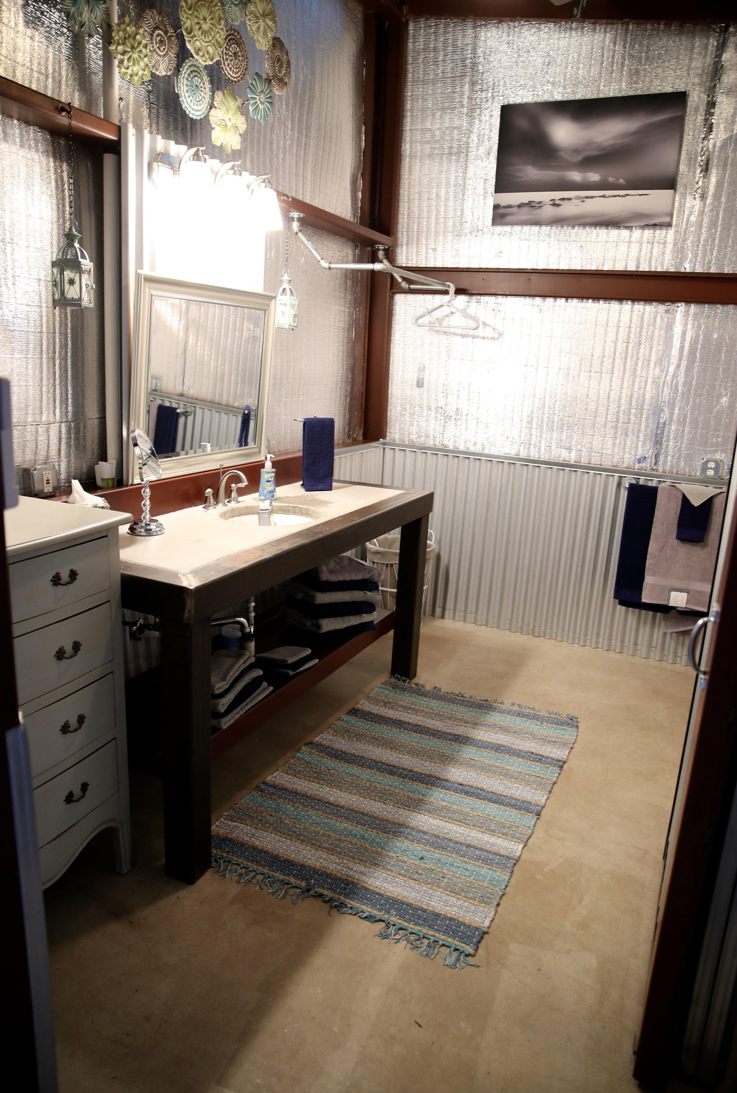 Wahoo Bathroom.jpg