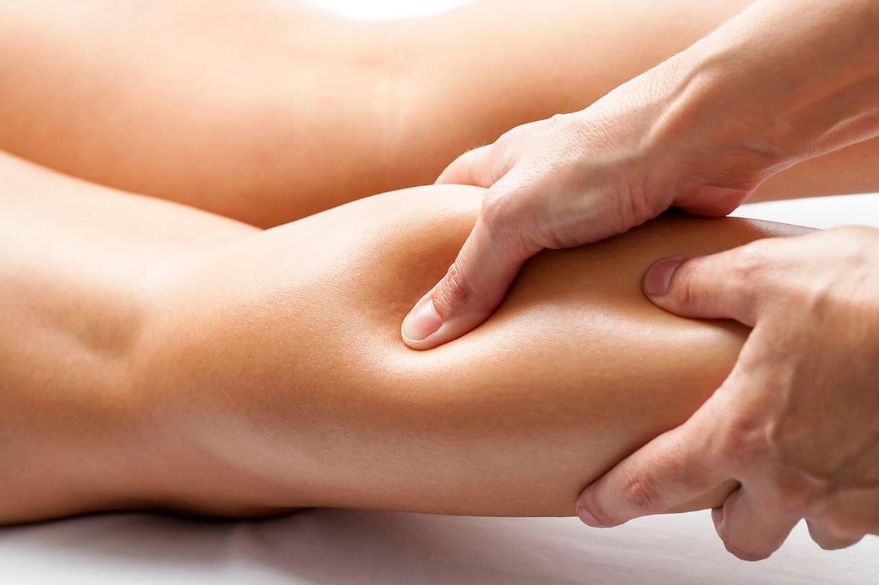 service-hero_0000s_0004_physio-massage.jpg