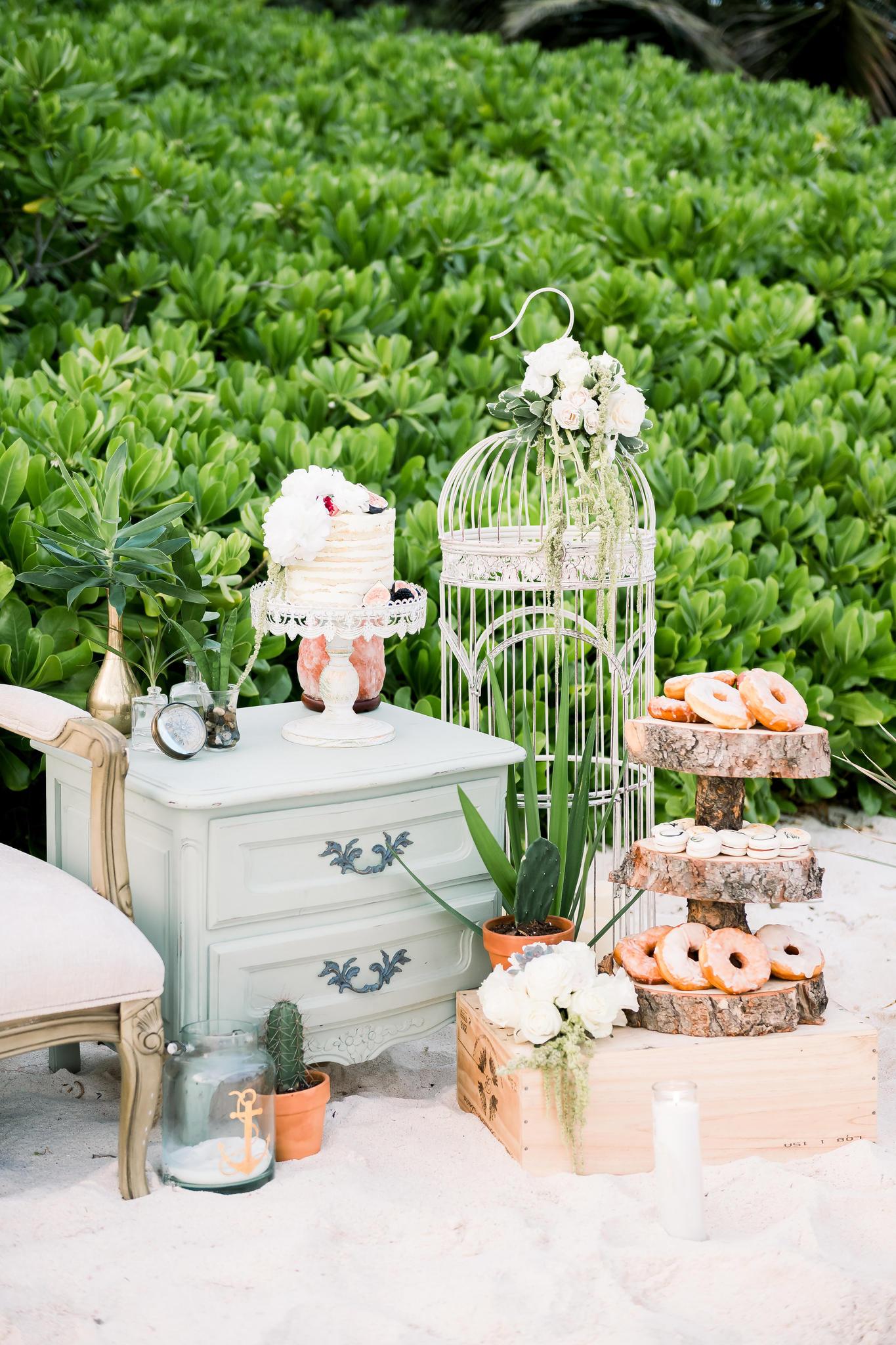 Wedding-Decor-Pieces.jpg