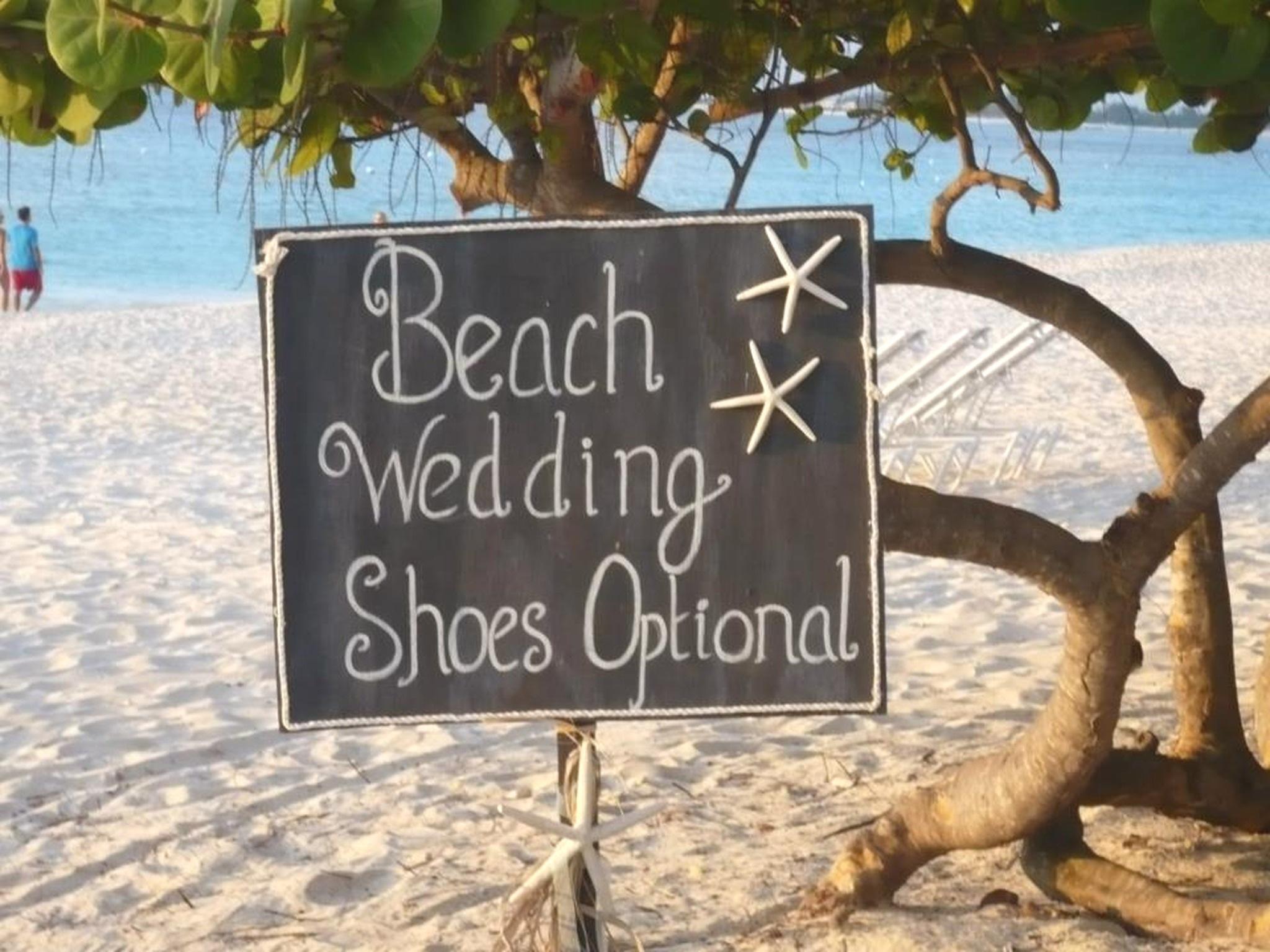 The-Flower-Dell-Wedding-Sign-1.jpg