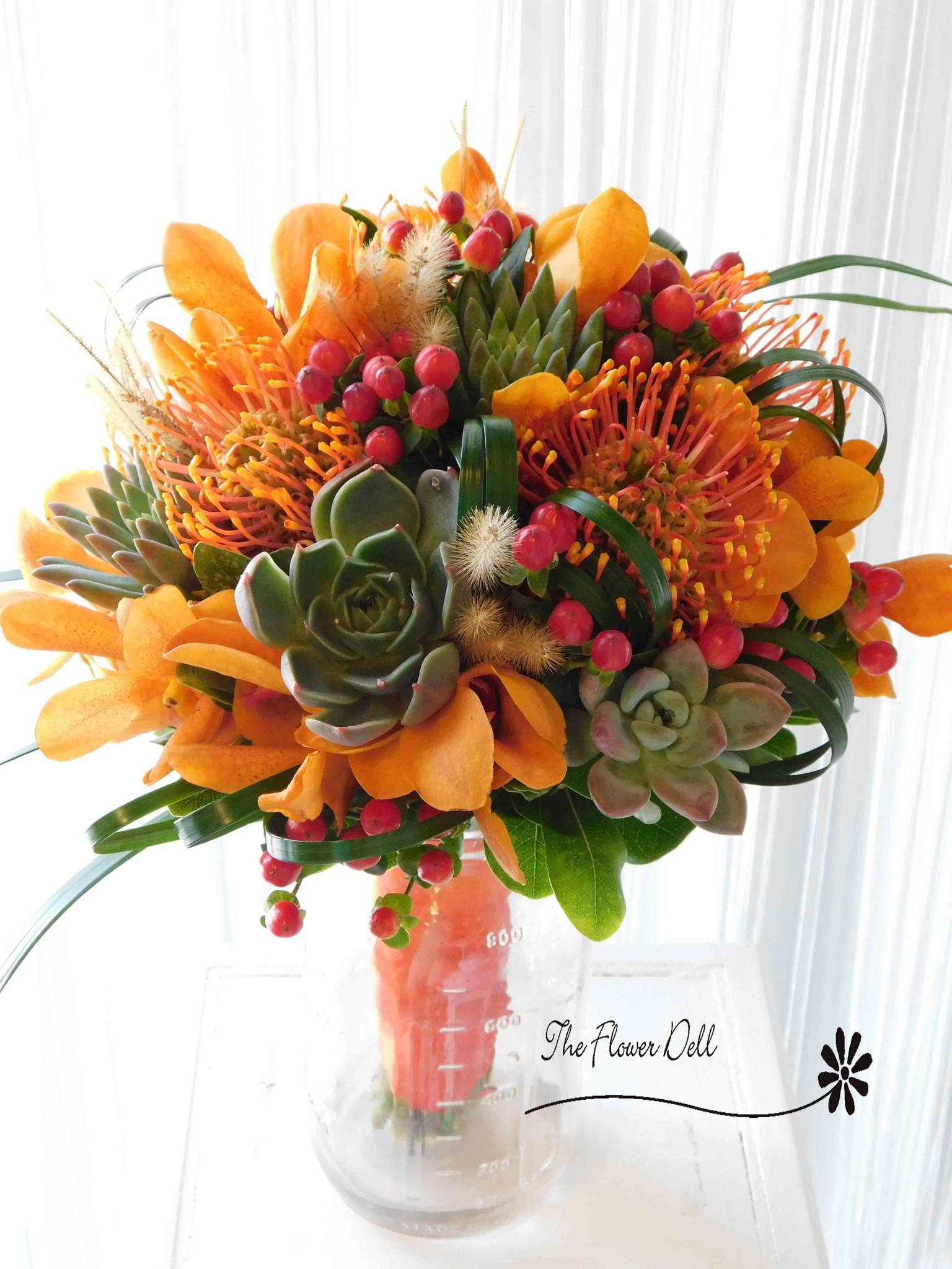 wedding-bouquet-oranges-succulents.jpg