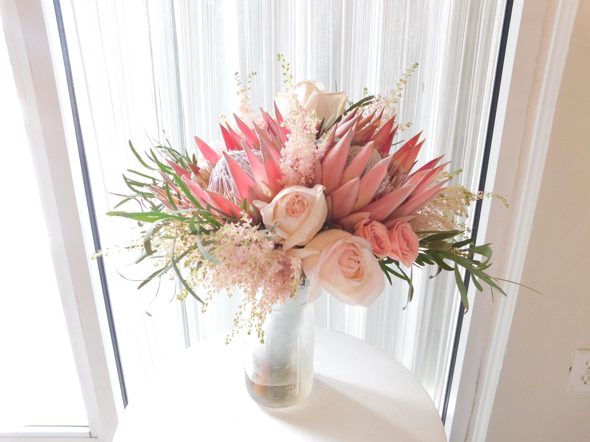Wedding-bouquet-Protea-pinks.jpg
