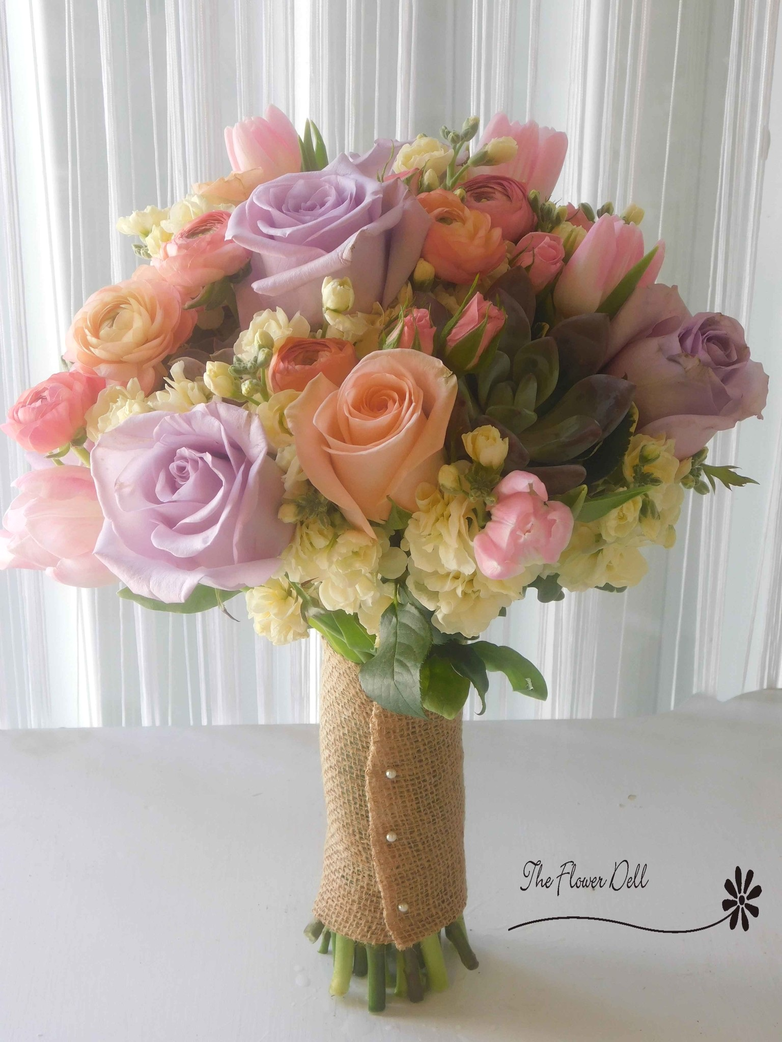 wedding-bouquet-pastels.jpg