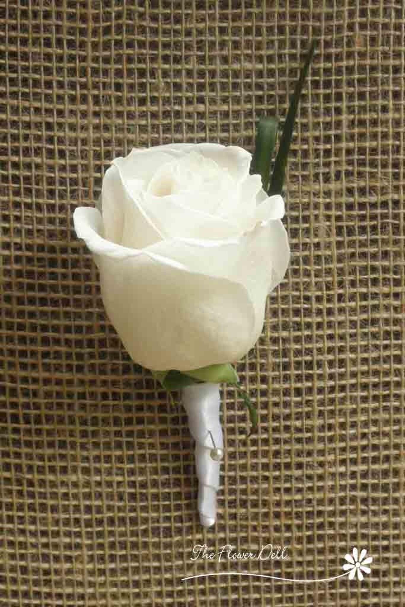 Boutonniere-Rose _.jpg