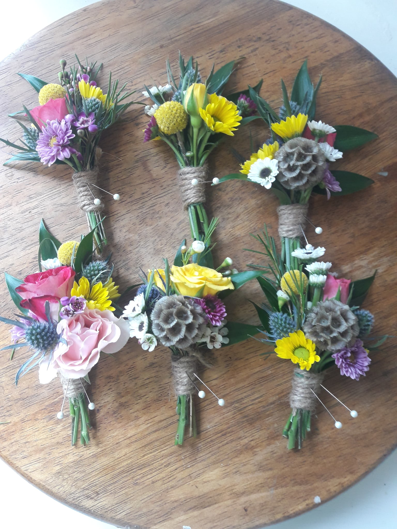 Boutonniere-small-cluster.jpg