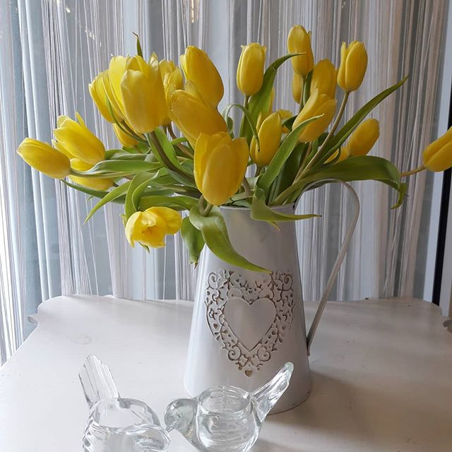 Have a wonderful Easter #tulips#flowers#flowersdecor