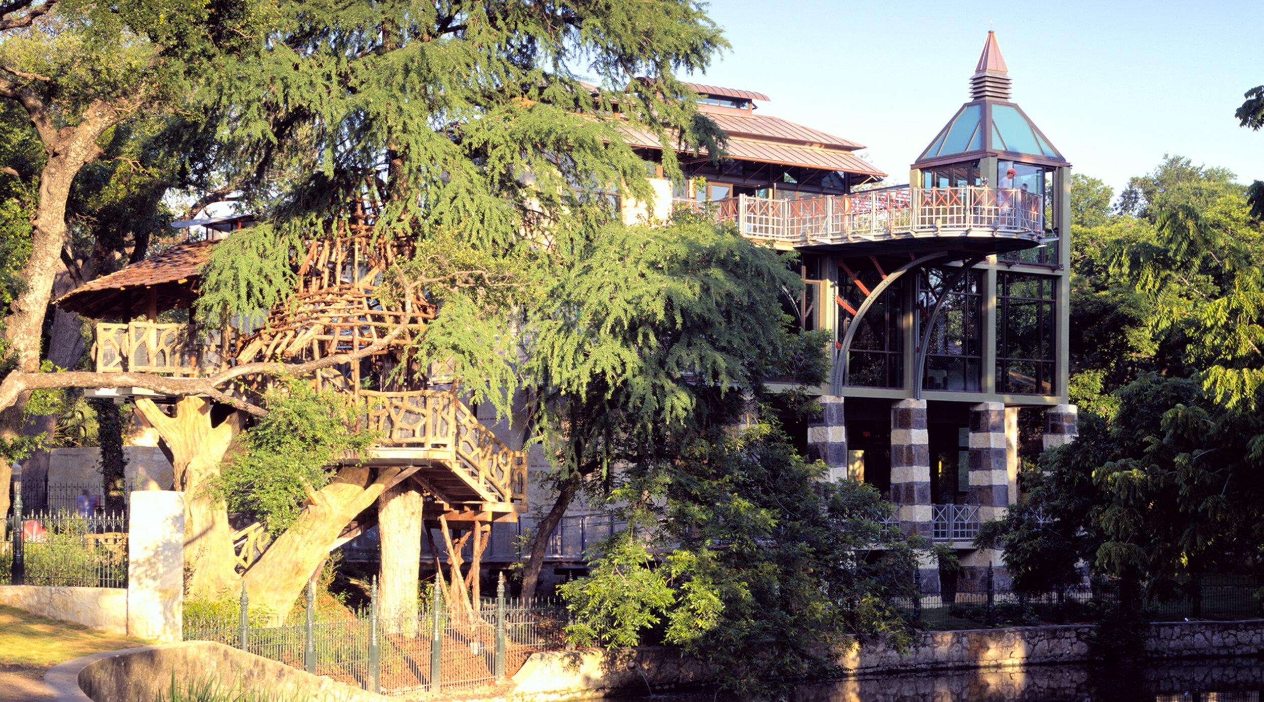 GBC - Witte Treehouse.jpg