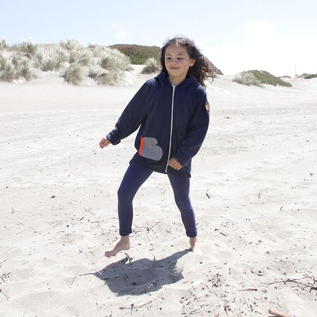 Enjoying last days of summer vacay before kicking in the new school year! Coupon code LAST-DAYZ is good now till aug 19 for free shipping within the US #couponcode #backtoschool #toastytimehoodie